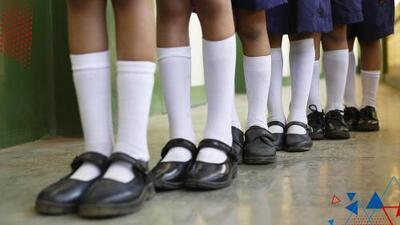 Polémica en México por medida que da libertad de usar falda a los niños varones