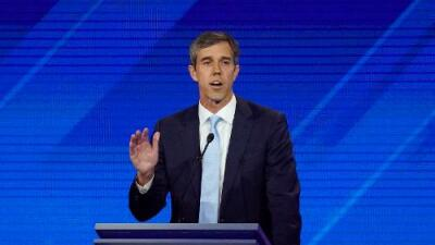 """Beto O'Rourke denuncia """"amenaza de muerte"""" de un congresista republicano vía Twitter"""