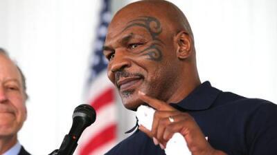 ¡Arden las redes! Mike Tyson lució la playera del Junior de Barranquilla