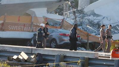 El colapso de un puente peatonal en Miami origina una investigación por homicidio