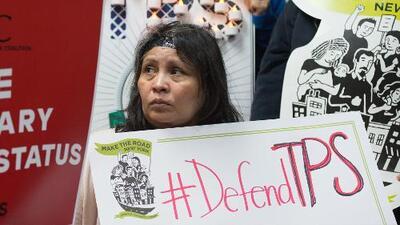 ¿Eres salvadoreño y debes reinscribirte al TPS? Conoce todos los detalles sobre ese proceso