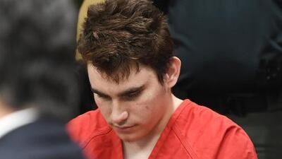 Atacante de Parkland dice que escuchaba una voz en su cabeza que le ordenaba cometer la masacre