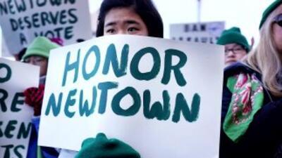 Habitantes de Newtown piden privacidad para primer aniversario de la matanza