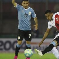 Juegazo de Brian Lozano en la victoria de Uruguay sobre Perú