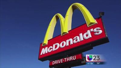 Empleados de Mc Donald's exigen mejor salario