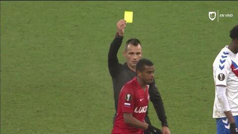Tarjeta amarilla. El árbitro amonesta a Fernando de Spartak Moscow