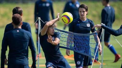 Con poca talla, el posible 11 que utilizaría Caixinha en su debut con Cruz Azul ante Xolos