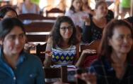 Las mujeres hispanas enfrentan grandes retos y la brecha salarial es uno de ellos
