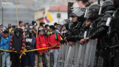 """Canciller de Ecuador afirma que las muertes en manifestaciones ocurrieron por """"accidentes"""""""