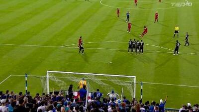 Jozy Altidore sella la victoria de Toronto FC con un golazo de tiro libre