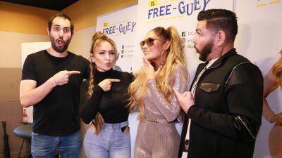 EN FOTOS: La broma de Connie Peña, la doble oficial de Jennifer López, a El Free-guey show