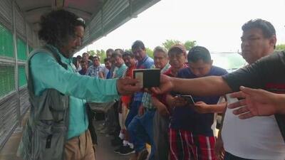"""""""Se dieron cuenta de que somos importantes"""": mexicano que acaba de recibir visa H-2B"""