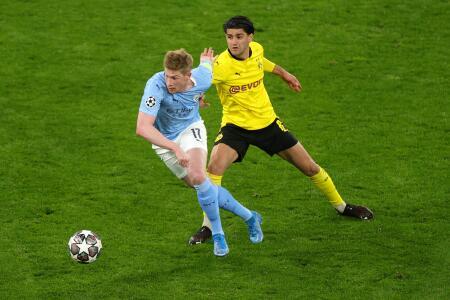 EN VIVO   Manchester City, a evitar un papelón en el complemento