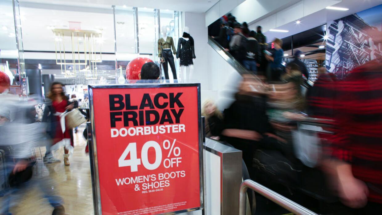 Por Que El Black Friday O Viernes Negro Te Contamos El Origen Del Dia Considerado El De Mayor Consumo En Eeuu Noticias Univision Estados Unidos Univision