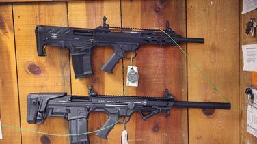 El Departamento de Justicia anuncia estrategia para combatir el uso de 'armas fantasma'