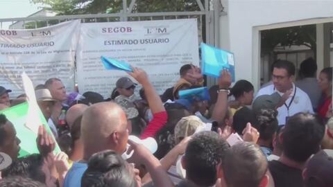 Inmigrantes cubanos se tomaron una sede de Migración en México para exigir atención