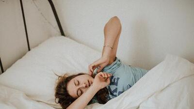 ¿Te cuesta salir de la cama? Tus genes podrían tener la culpa