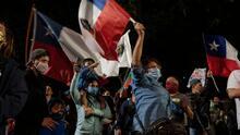 Multitudinarias celebraciones en Chile tras plebiscito en el que se aprueba cambiar la Constitución