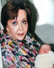 Una abuela tierna y cariñosa: estas son las fotos que no conocías de María Rubio, la eterna Catalina Creel