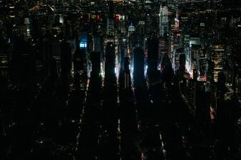 En fotos: Así se vivió el apagón masivo que dejó a Manhattan a oscuras durante horas