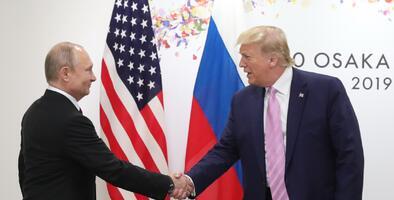 """""""Una grave amenaza"""": informe del Senado detalla cómo asesores de campaña de Trump aceptaron en 2016 la ayuda de Rusia"""