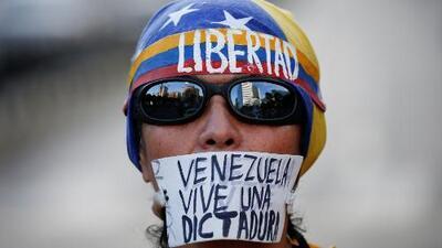 Explicamos qué está pasando en Venezuela y por qué se considera un golpe de Estado