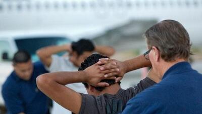 """""""El récord migratorio no se limpia, queda para siempre"""": respondemos tus preguntas de Inmigración"""