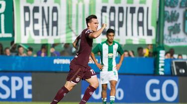 Lanús se impuso ante Atlético Rafaela y sigue a paso firme