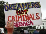 Sin decisión sobre DACA: un juez escuchó los argumentos de Texas y 8 estados pero no concluyó sobre la legalidad del programa