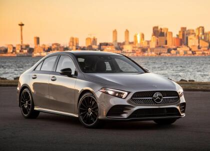 """<h3 class=""""cms-H3-H3""""><b>Mercedes-Benz A-Class</b></h3> <br> <br> <b>Precio promedio:</b> 28,555 dólares <br> <b>Porcentaje promedio por debajo del valor de mercado: </b>13.0% <br> <b>Ahorro promedio:</b> 4,252 dólares"""