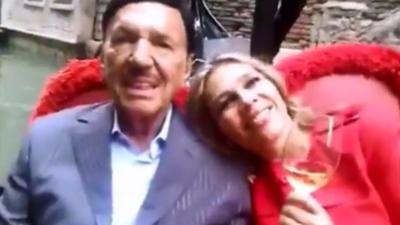 La actriz de telenovelas que se enamoró de uno de los hombres más ricos del mundo y ahora lucha por su herencia