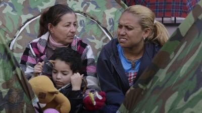 Cientos de cubanos en Ecuador piden ayuda a México para llegar a EEUU