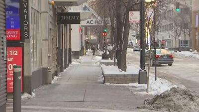 Las calles en Chicago lucen desoladas debido al peligroso frío extremo