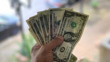 ¿Podría un trámite migratorio verse afectado por recibir el cheque de estímulo?
