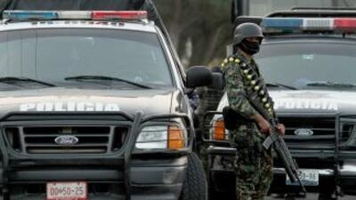 Encuentran 14 cuerpos en camioneta abandonada en Veracruz