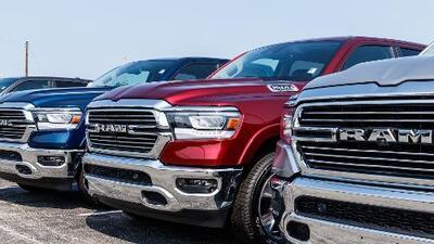 Retiran del mercado más de 300,000 camionetas RAM por problemas con las bolsas de aire