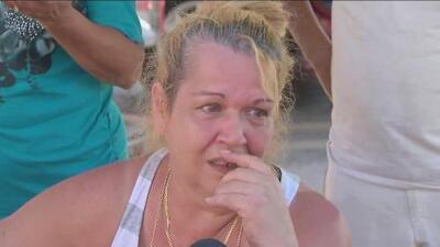 """""""Llevo cuatro días durmiendo en este parqueo"""": residente de Miami tras Irma"""