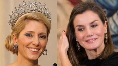 La princesa de Grecia le da duro a la reina de España en Twitter (la realeza pierde el 'cool' en las redes)