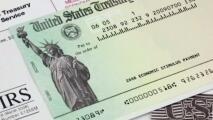 """""""Lo necesitamos"""": preocupación entre quienes no han recibido el tercer cheque de estímulo económico en Texas"""