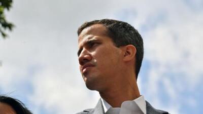 Presidente de la Asamblea de Venezuela Juan Guaidó fue interceptado por el servicio de inteligencia y luego liberado
