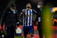 ¡Alarmas en Porto! Tecatito se lesiona y afición culpa al DT