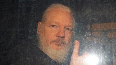 La policía británica arresta a Julian Assange por una orden de extradición de Estados Unidos