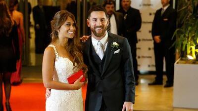 Messi y Antonella Rocuzzo 'se cuelan' en la foto de un turista en Nueva York