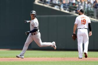 En fotos: Gary Sánchez y Clint Frazier llevan en hombros a Yankees en paliza a Orioles
