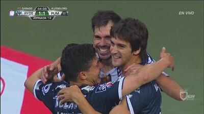 Rayados le dio la vuelta al marcador con 'asistencia' de Saldívar