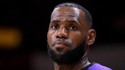 LeBron James y equipos de Los Ángeles se solidarizaron con las víctimas del tiroteo en California