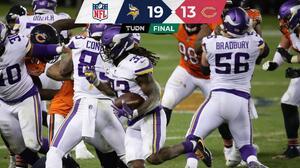 Los Vikings vencen a los Bears y aún aspiran a jugar playoffs