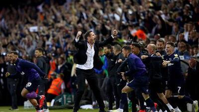 ¡Qué festejo! Frank Lampard paga cuenta sorprendente en festejo del Derby Country