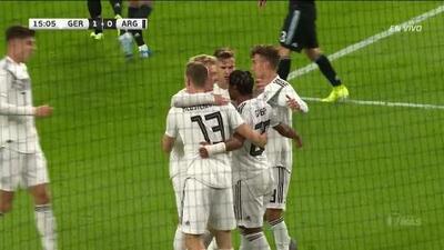 ¡GOOOL! Serge Gnabry anota para Germany