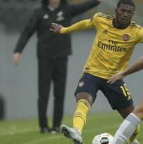 Arsenal vuelve a decepcionar con empate ante Vitoria